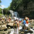 Исследование пещер, подземный водопад, восхождение в горы, плаванье, ночные походы - все это в Приключенческом лагере!